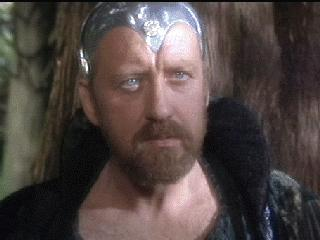 Merlino interpreteato da Nicol Williamson nel fil Excalibur di John Boorman