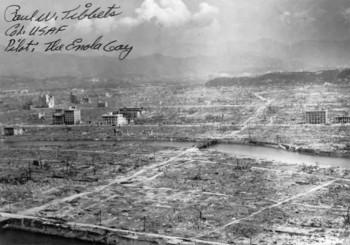Hiroshima dopo lo sgancio della bomba atomica