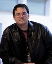Brandon Sanderson, uno dei migliori autori fantasy contemporanei
